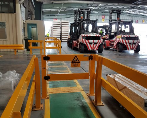 USG Boral - Verge Safety Barrier. Verge swing gate. FORKLIFT SAFETY